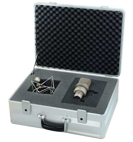 Microtech Gefell UM 930 Switchable Dual Condenser Microphone Box Mode